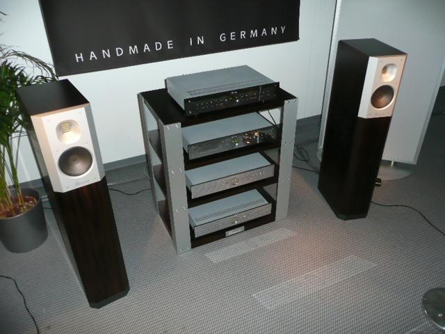 high end 2009 hifi anlage burmester hifi blog. Black Bedroom Furniture Sets. Home Design Ideas