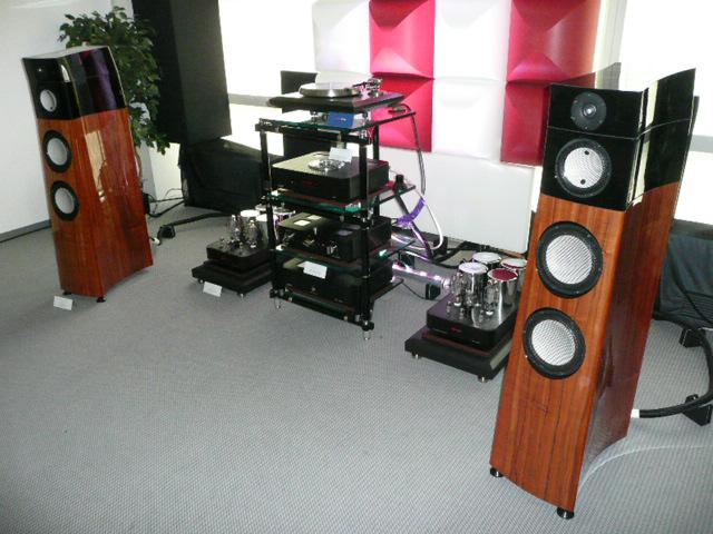 High End 2009 Hifi Anlage Lumen White Ayon Audio Audiodoo De