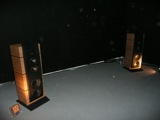 high end 2009 hifi anlage magico spectral audiodoo. Black Bedroom Furniture Sets. Home Design Ideas