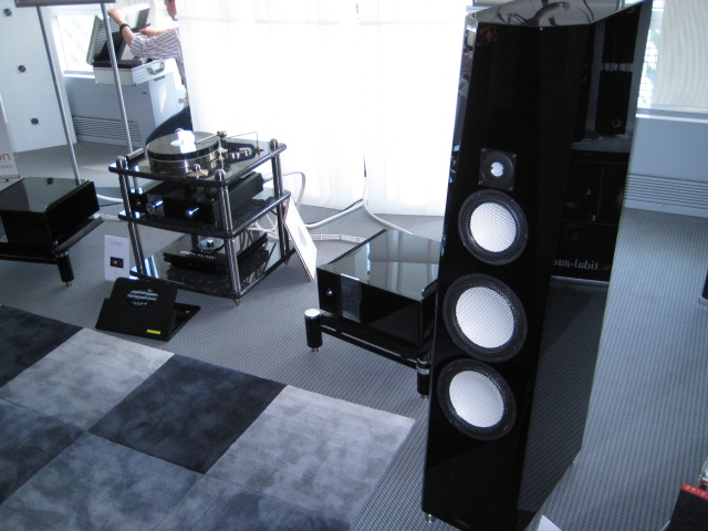 tidal audio hifi blog. Black Bedroom Furniture Sets. Home Design Ideas