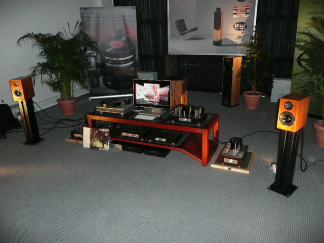 high end 2009 hifi anlage wlm wiener lautsprecher. Black Bedroom Furniture Sets. Home Design Ideas