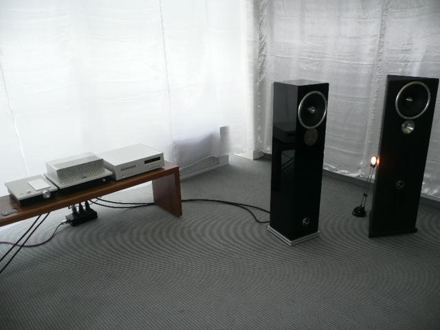 high end 2009 hifi anlage zu audio luxman hifi blog. Black Bedroom Furniture Sets. Home Design Ideas